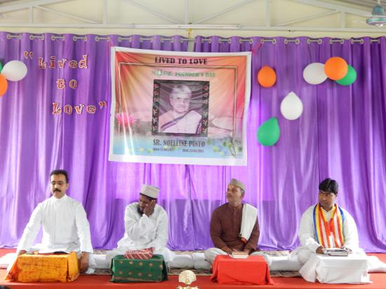 Inter-religious prayer